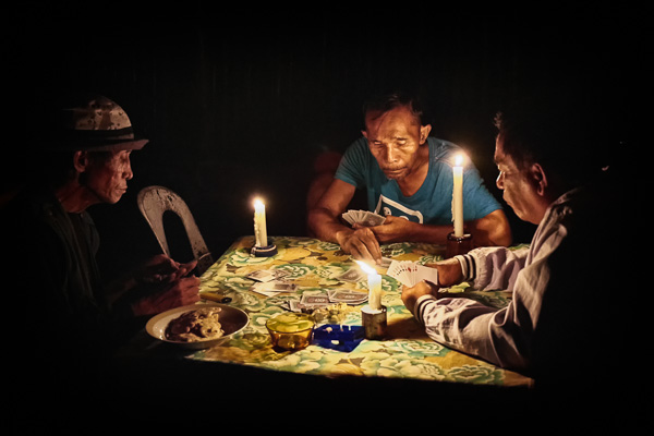 Card players - the Philippines
